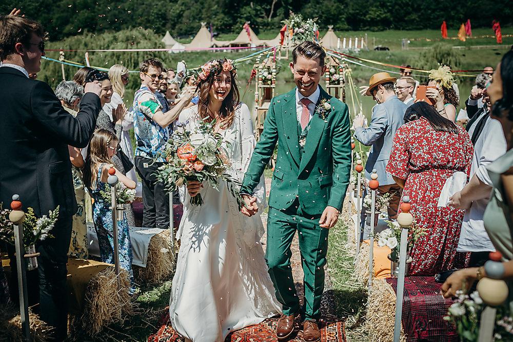 Confetti Throw Hadsham Farm Wedding Victoria Somerset How Photography