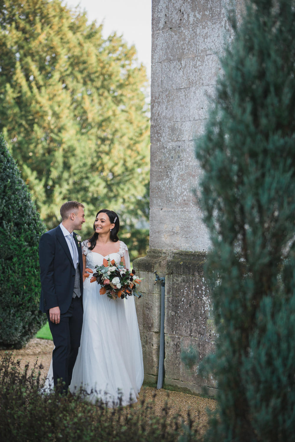 Modern Romantic Wedding Red Maple Photography