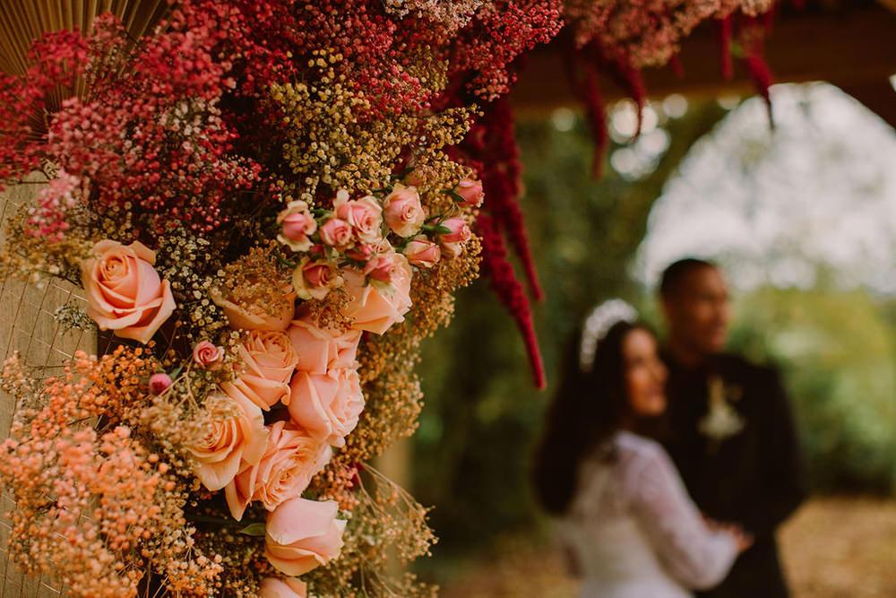 Amaranthus Rose Flowers Blush Burgundy Outdoor Autumn Wedding Ruby Walker Photography