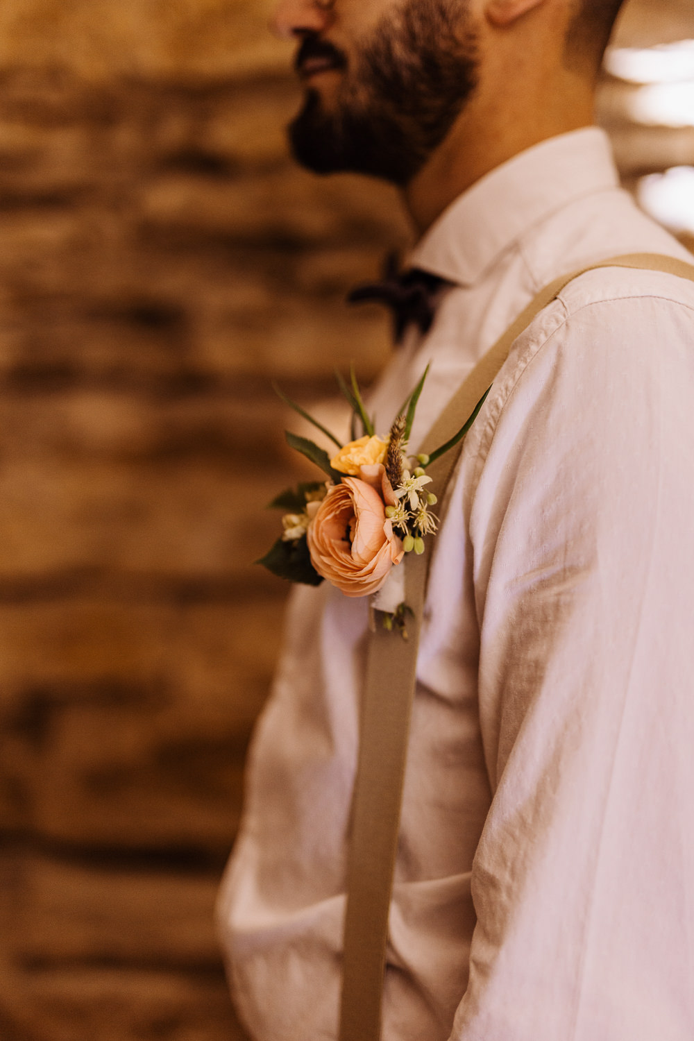 Buttonhole Flowers Groom Natural Wedding Ideas Frame Of Love