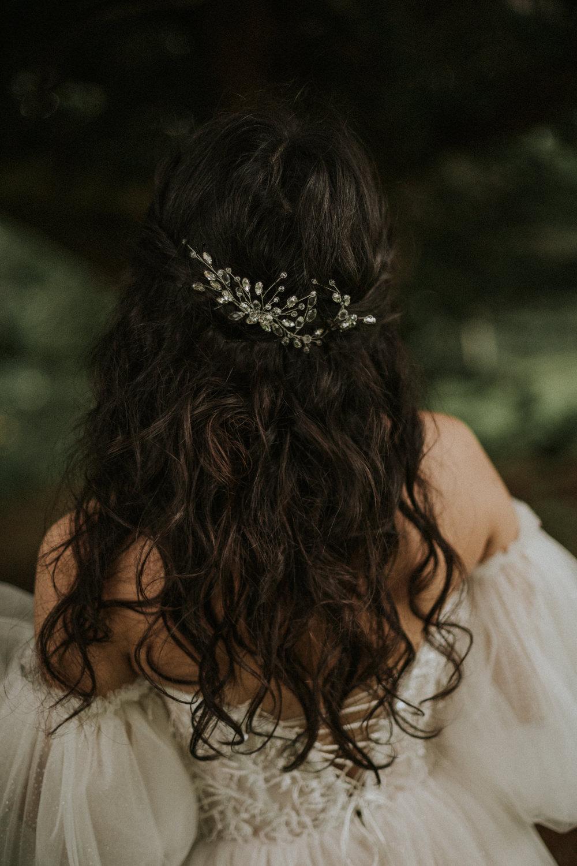 Bride Bridal Hair Style Waves Accessory Thirlestane Castle Wedding Bernadeta Kupiec Photography