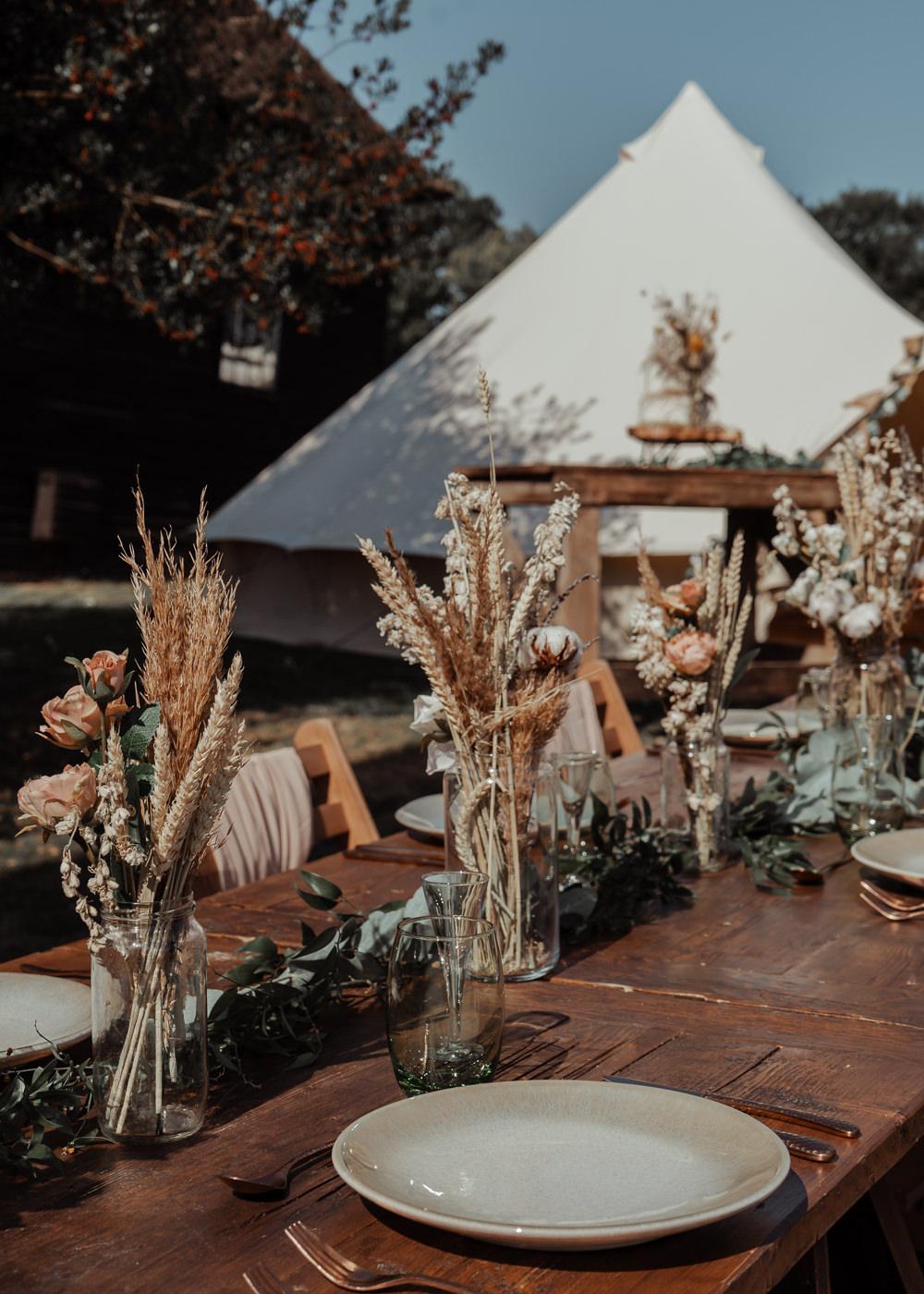 Centrepiece Flowers Dried Flowers Grass Rose Decor Intimate Wedding Ideas Imogen Eve Photography