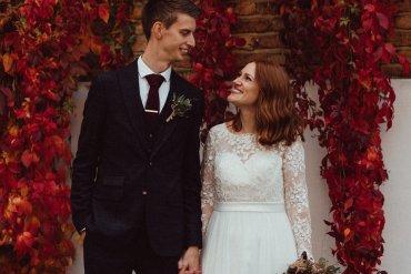 Seriously Beautiful & Modern Autumn Wedding in London
