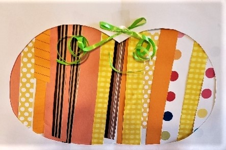 Paper strip pumpkin decoration