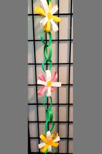 Paper Daisy Chain Craft