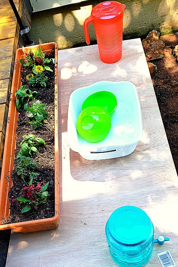 mud kitchen must haves