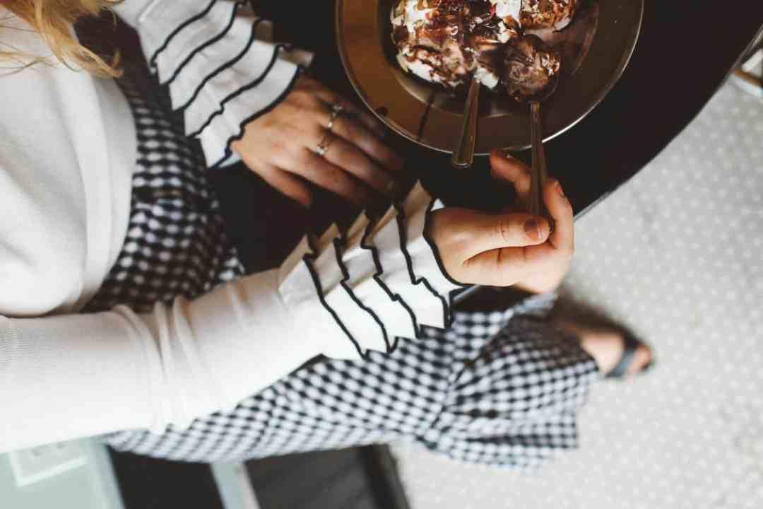ruffle sweater ice cream wicker purse