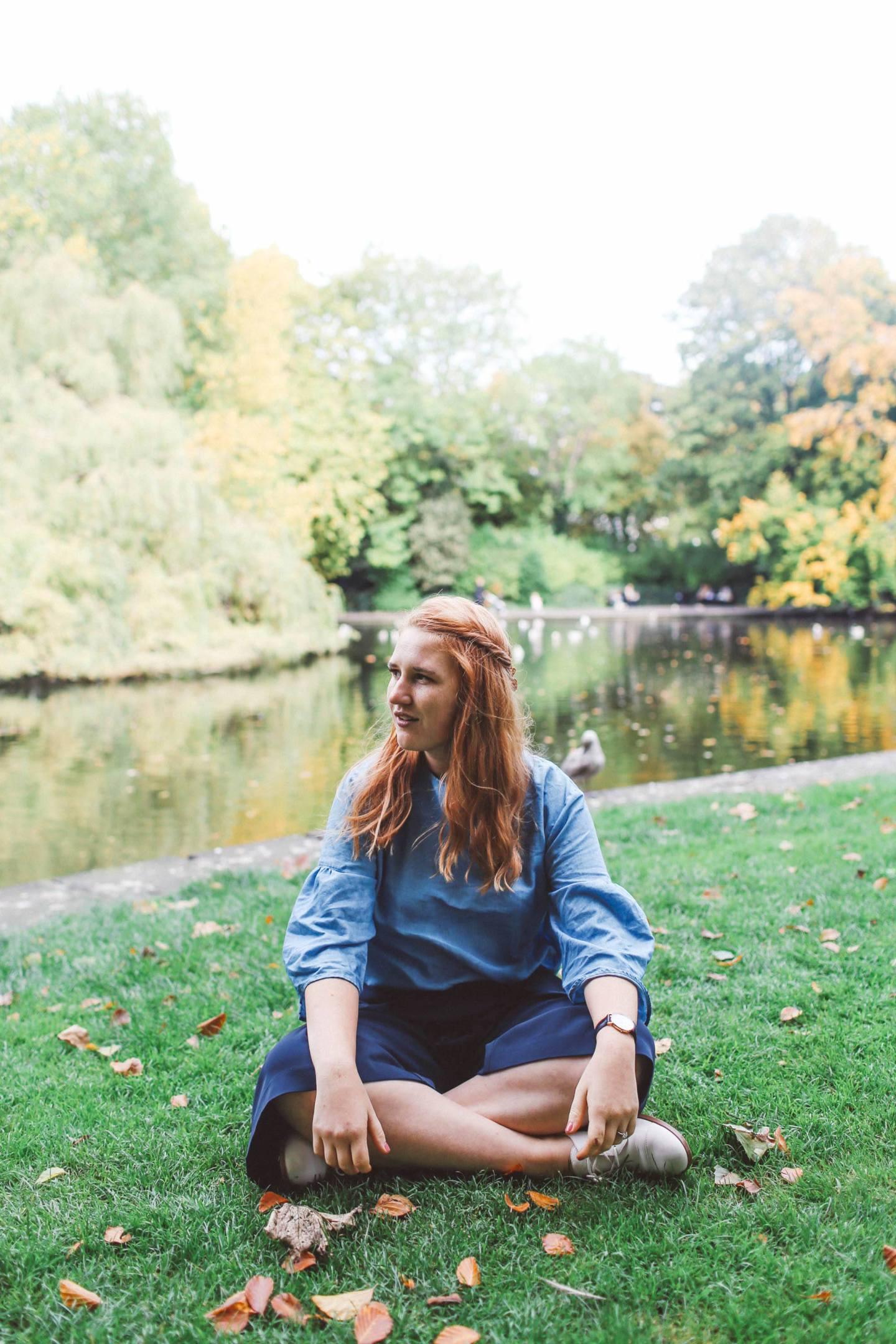 stephens green park ireland blue shirt woman