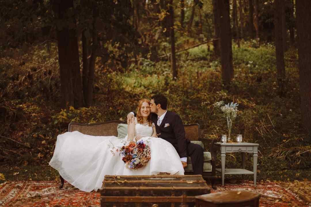 kara harms robin berenson wedding rustic outdoor