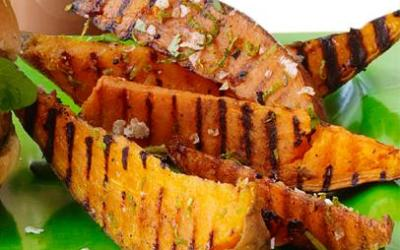 Grilled sweet potatoes with cilantro and lime