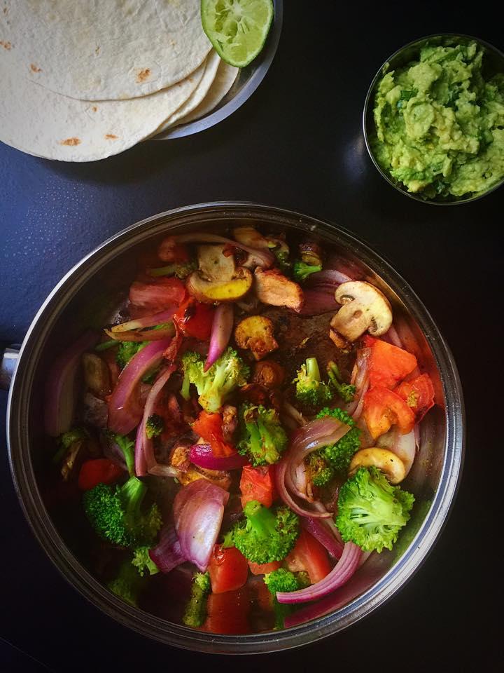 15-Minute No-Fuss Vegan Fajitas! | Whisk and Shout