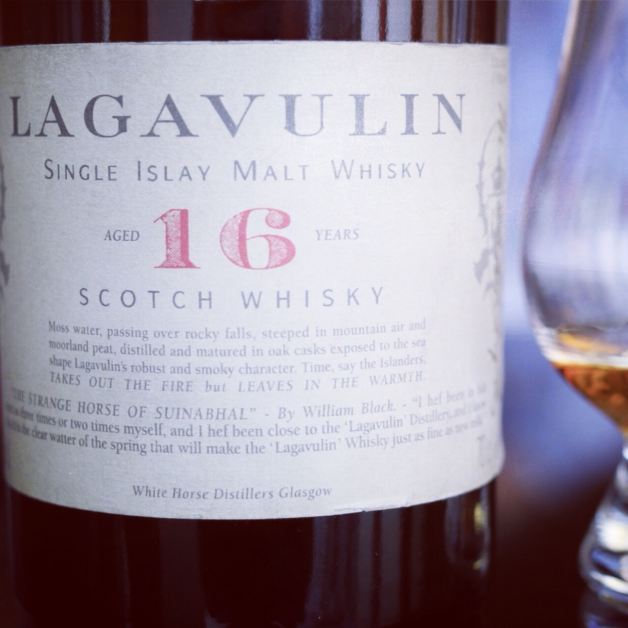 Dram Review: Lagavulin Aged 16 Years (White Horse Distillers Glasgow, Bottled Circa 1990)