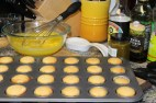 too much cake batter - mini cupcakes it is!