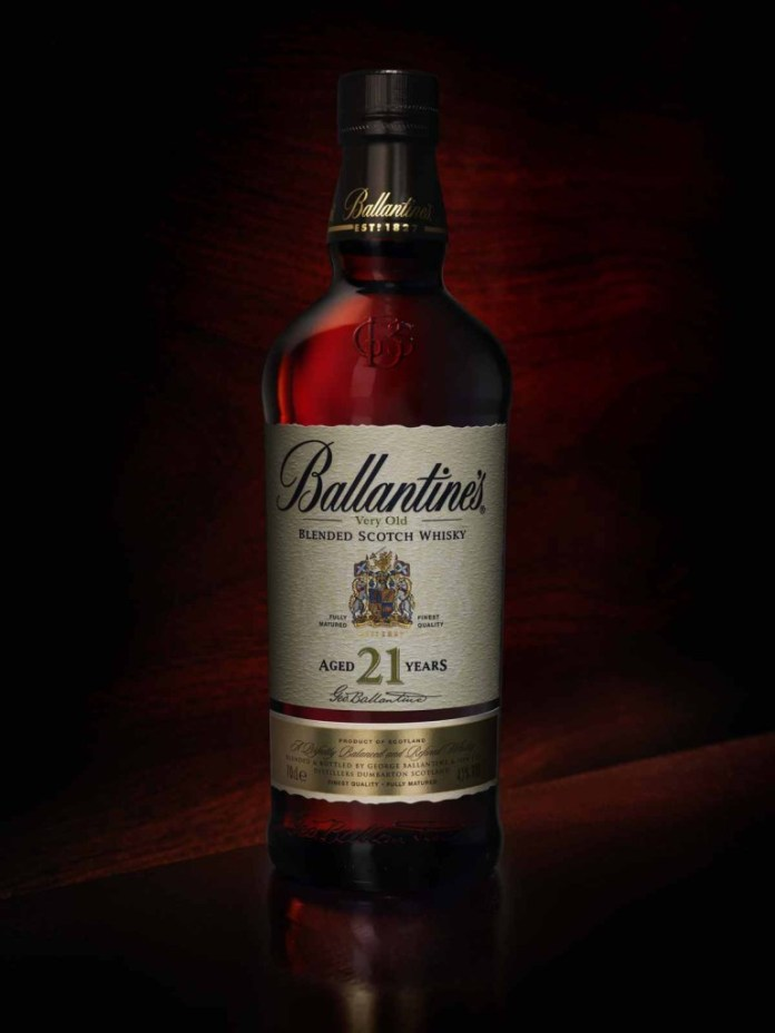 K-MB_Ballantines_21yo_Mood1