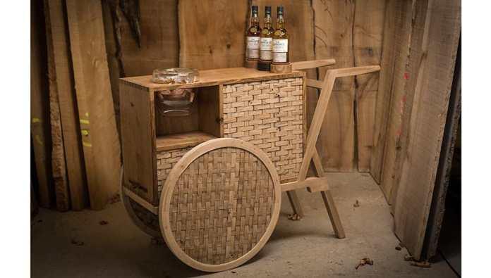 the-glenlivet-nadurra-drinks-trolley