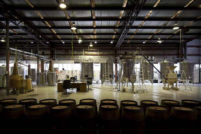 Die Produktion von Stalward in einem Flugzeughangar nahe Melbourne