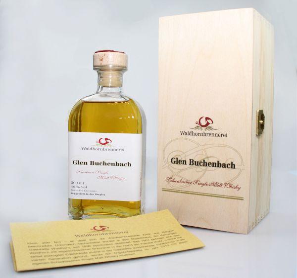 Glen Buchenbach von der Waldhornbrennerei Klotz aus Berglen-Oppelsbohm. Fotorechte ebendort.