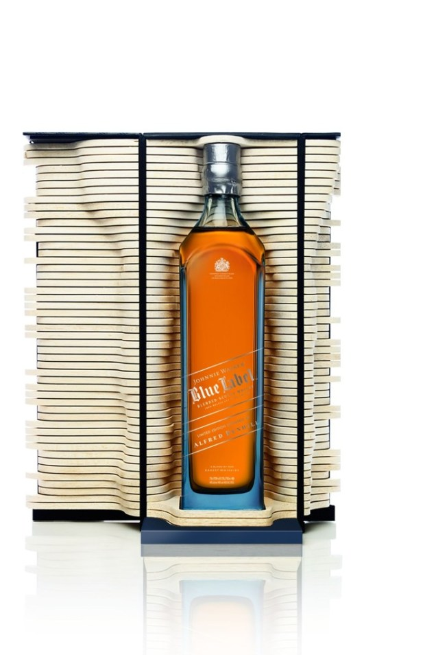 Johnnie Walker Blue Label Limited Edition Giftpack designed by Alfred Dunhill