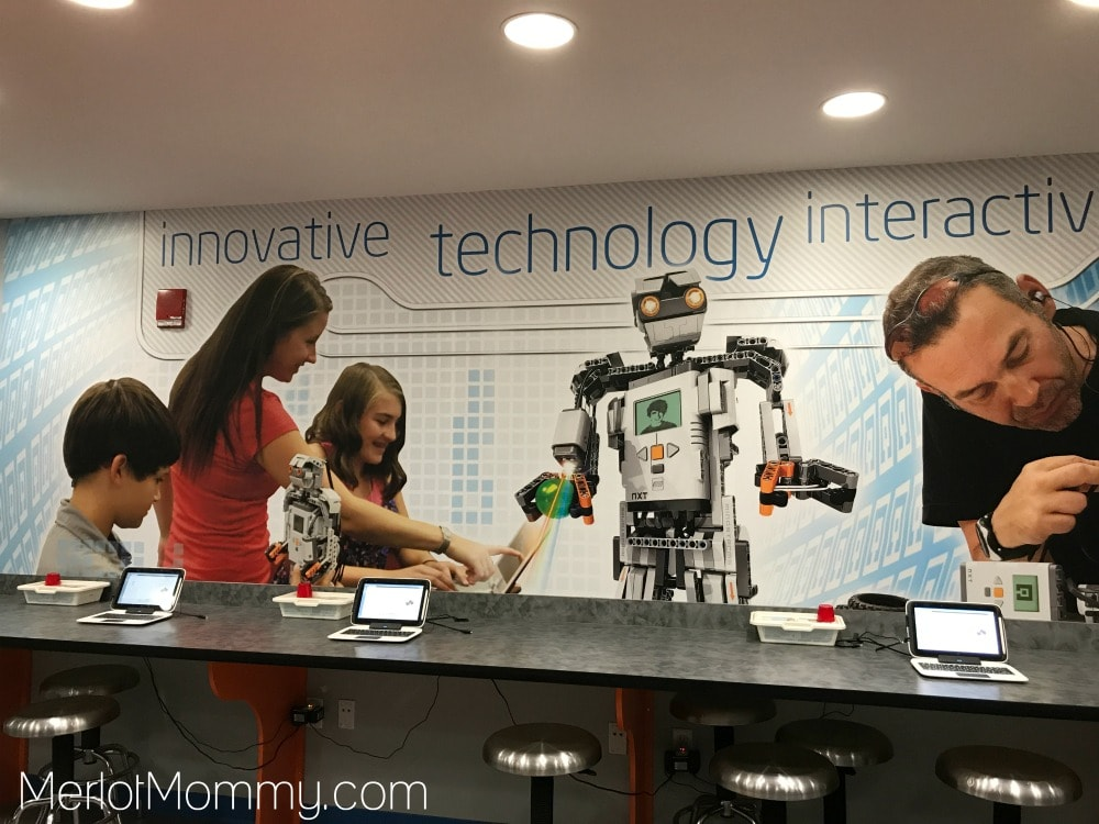 Top 5 LEGOLAND Florida Activities for Tweens and Teens - LEGO Mindstorms