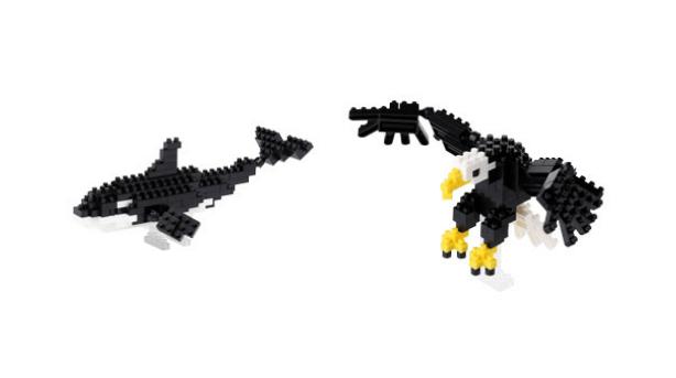 The orca and bald eagle nanoblock are pictured.