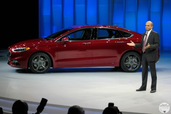 Ford Reveals the NEW 2017 Ford Fusion: Smart, Sleek and Technologically Advanced. #FordNAIAS