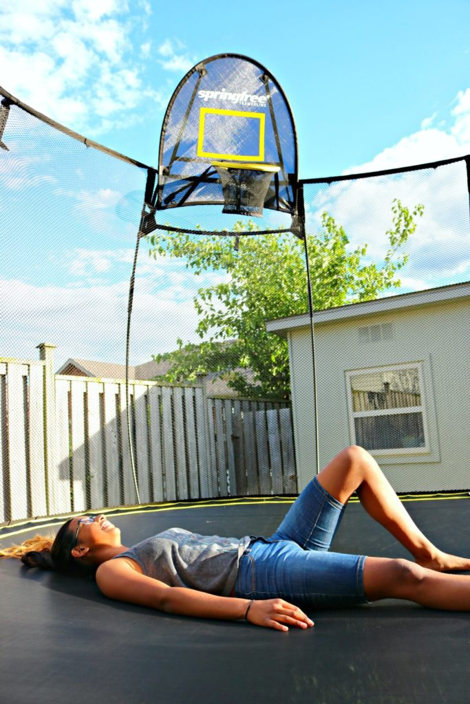 How to Keep Your Family Active with a Springfree Trampoline!