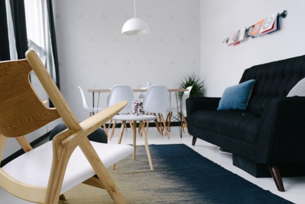 26 Steps to Simplicity: Living Room