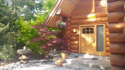 Photo of Lakefront Log Home :: 4 Bed 5 Bath Luxury :: Private Dock