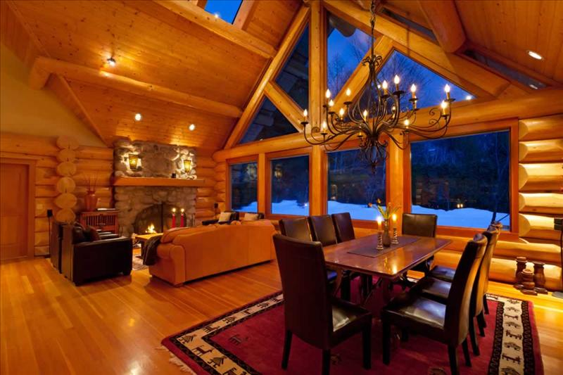 Luxury Log Chalet with Private Hot Tub :: Whistler Creekside Pictures