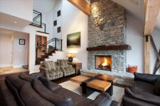 Pictures of Luxury Accommodation Whistler Pinnacle Ridge 1-877-887-5422