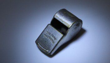 Choosing the best safety whistle