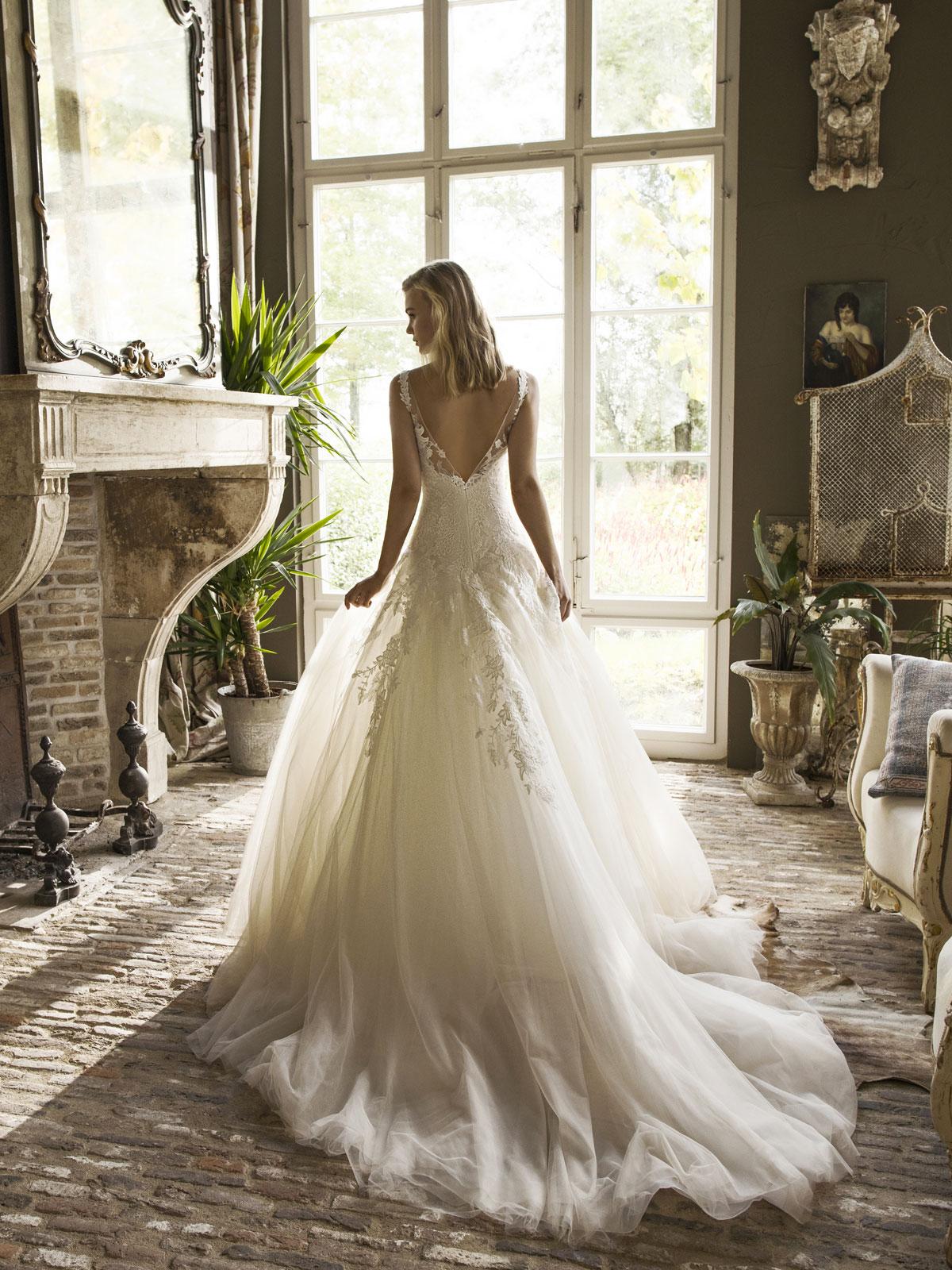 Robe de mariée princesse Dijon par Modeca