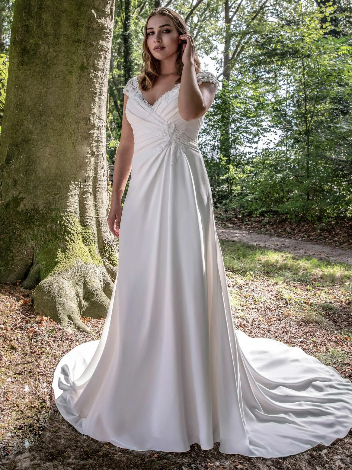 Robe de mariée Plus Size Gladys par Modeca