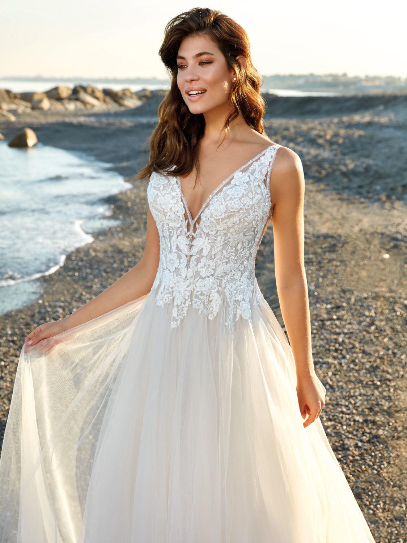 Robe de mariée droite Naomi par Eddy K -