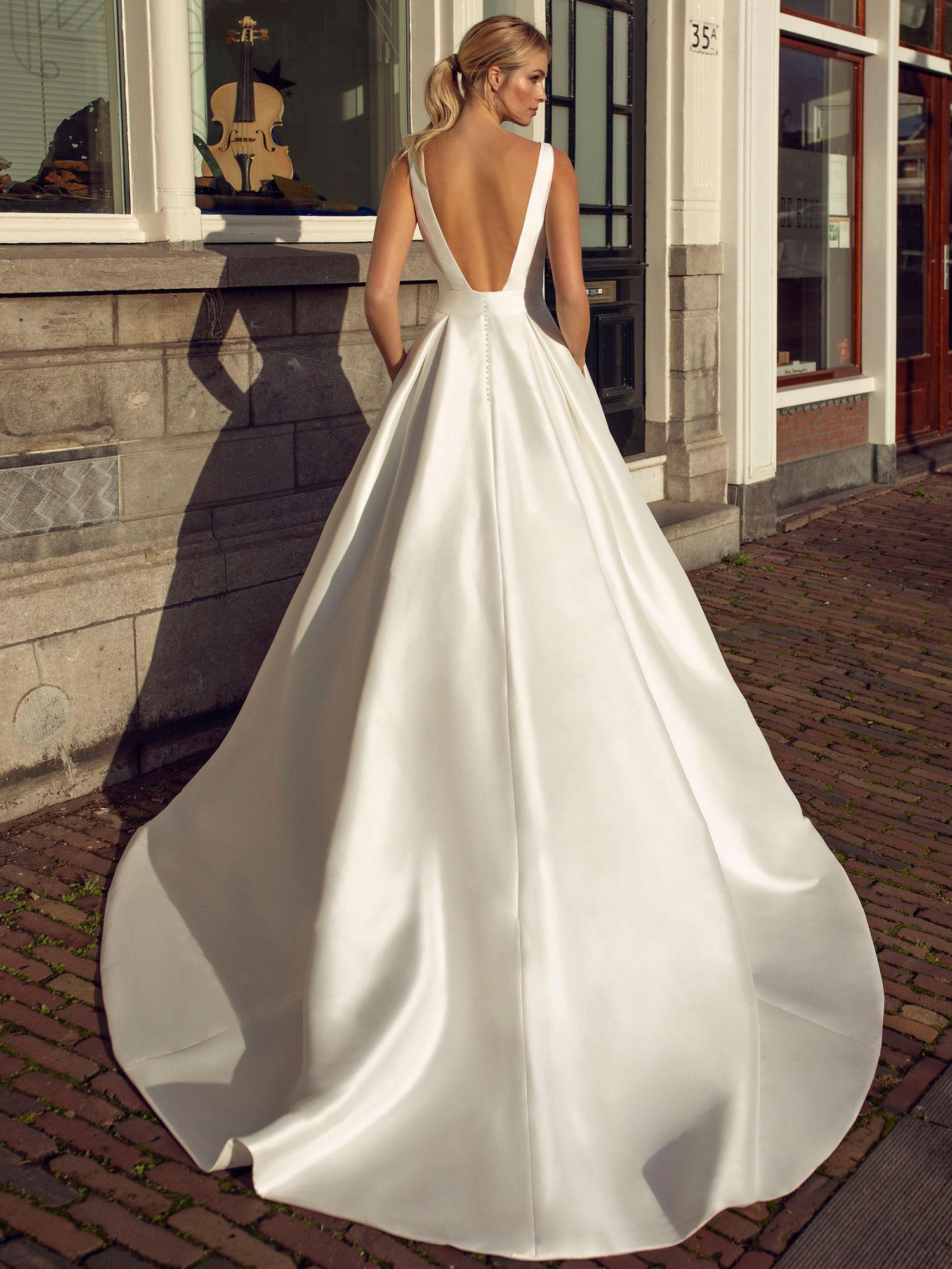 Robes De Mariee Princesse Volume White Boutik Paris Bastille