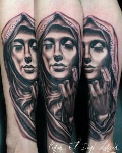 Virgin Mary Eyes Closed