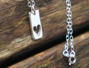 Silver Heart Vertical Bar Necklace 1