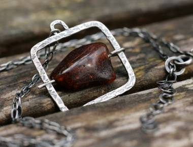 Sterling Silver Amber Necklace 1