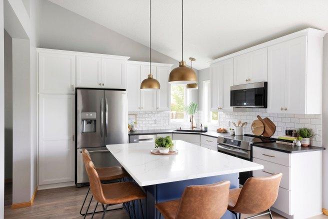 Blue Kitchen Island Rosemount  MN Kitchen Remodel