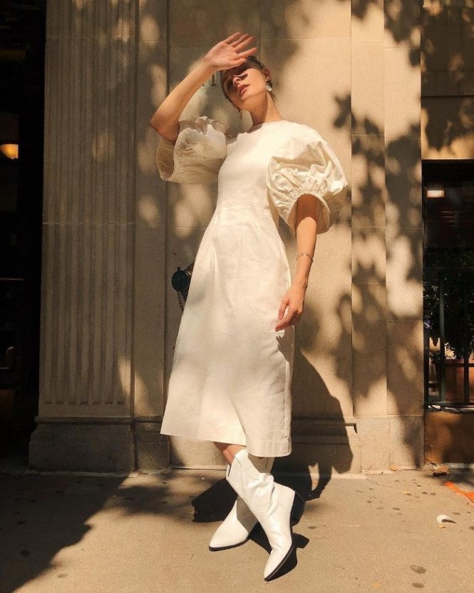 How to wear cowboy boots - All white and dreamy