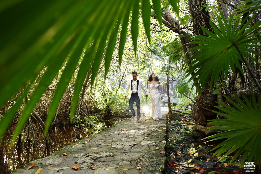 White Crown Photography, Riviera Maya, Mexico, Debora Ducci, Playa del Carmen, ddestination wedding, trash the dress, cenote cristallino, Chanta Patton