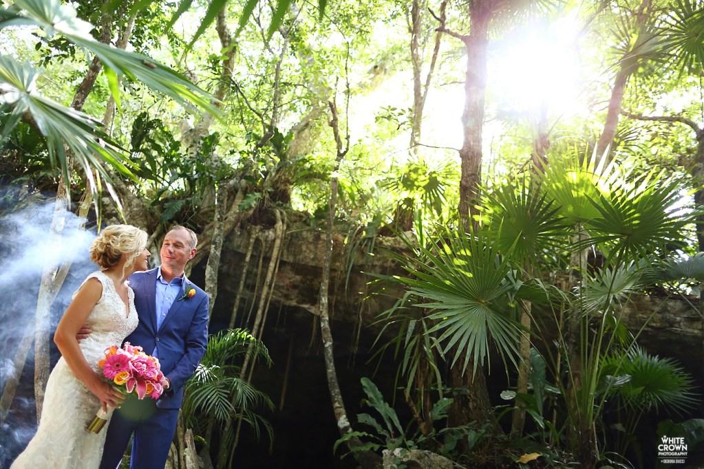 White Crown Photography, Riviera Maya, destination wedding, Mexico, trash the dress, Debora Ducci, TTD, underwater, Mango Weddings, Vo-Evolution, Elopement