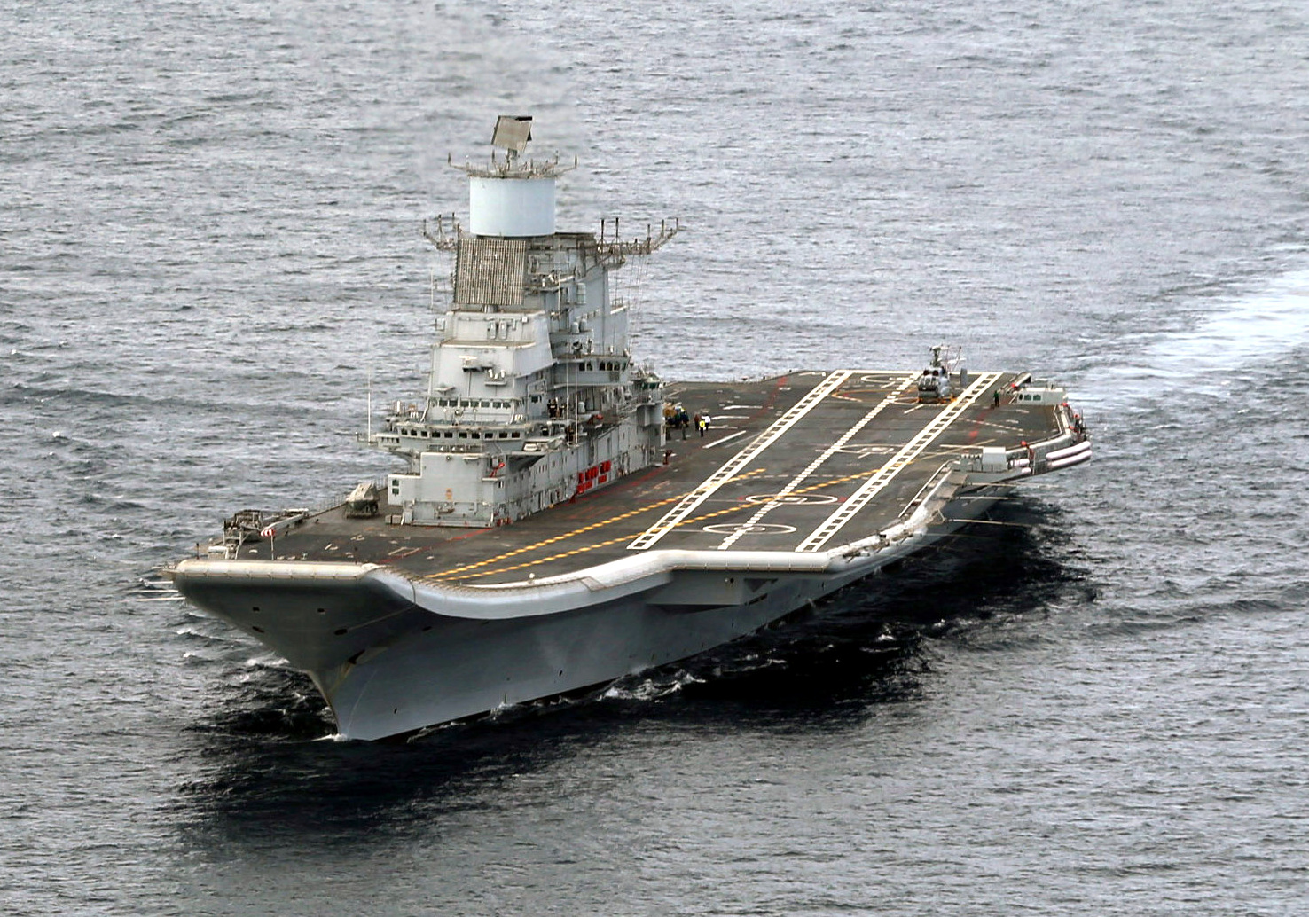 INS Vikramaditya underway during its delivery to the Indian Navy.