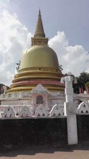Dumbulla Golden Temple