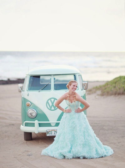 VW & mint wedding dress