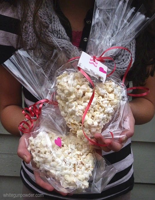 Valentine treats, Post it note tags, popcorn treats