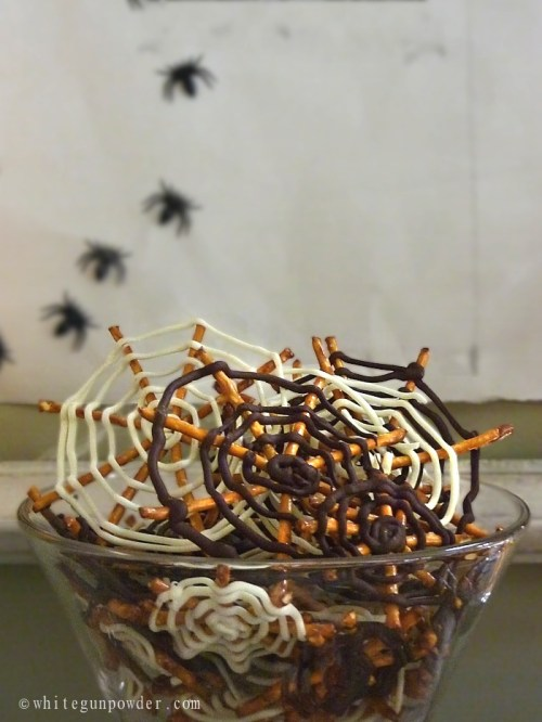 Halloween / Chocolate Pretzel Spider Webs