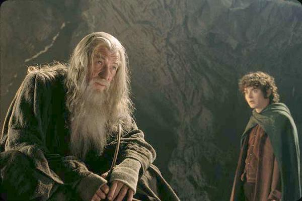 Tolkien, Fellowship of the ring frodo-gandalf-3