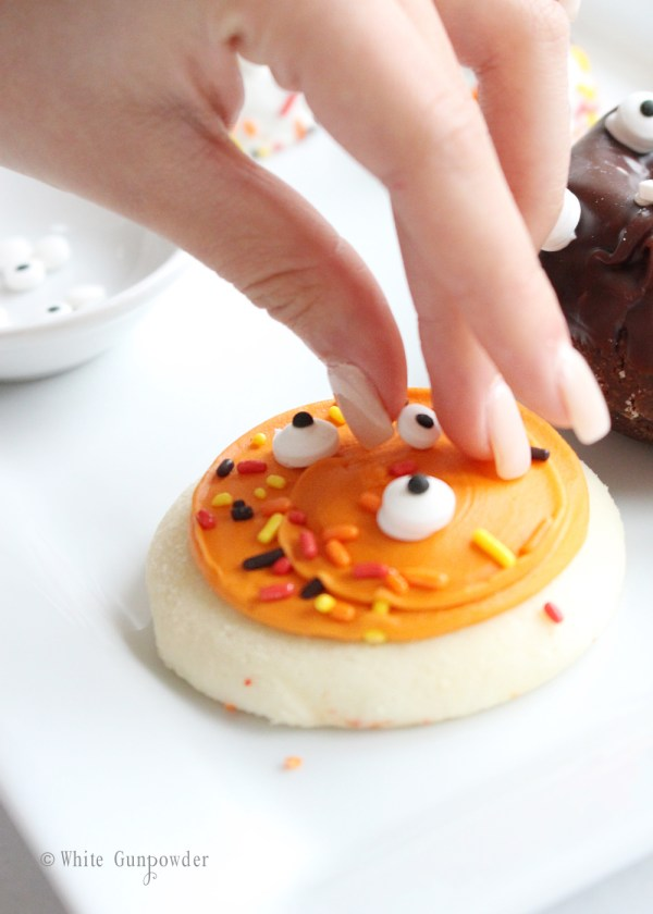 halloween spooky treats