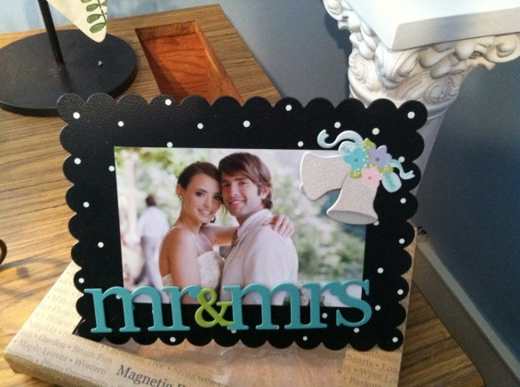 Magnetic frame gift set - $21.95